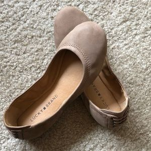 Lucky Brand, size 7 tan suede Echo ballet flat